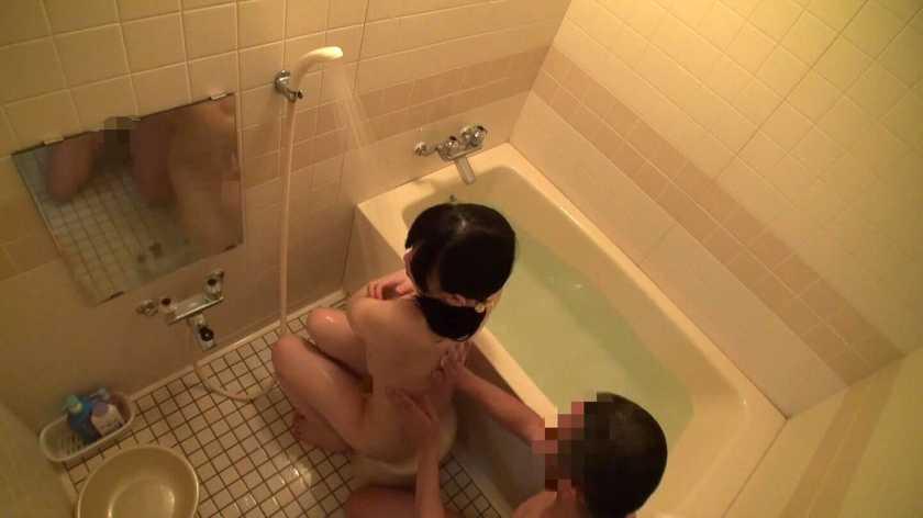 近親相姦風呂場盗撮レイプ 8時間  サンプル画像15