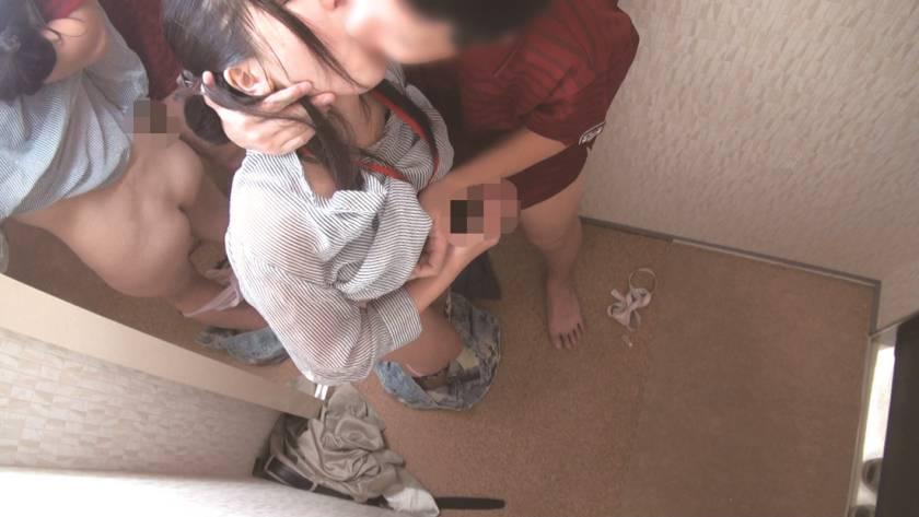 試着室で女子店員に変態猥褻強行 密室盗撮スペシャル240分  サンプル画像16