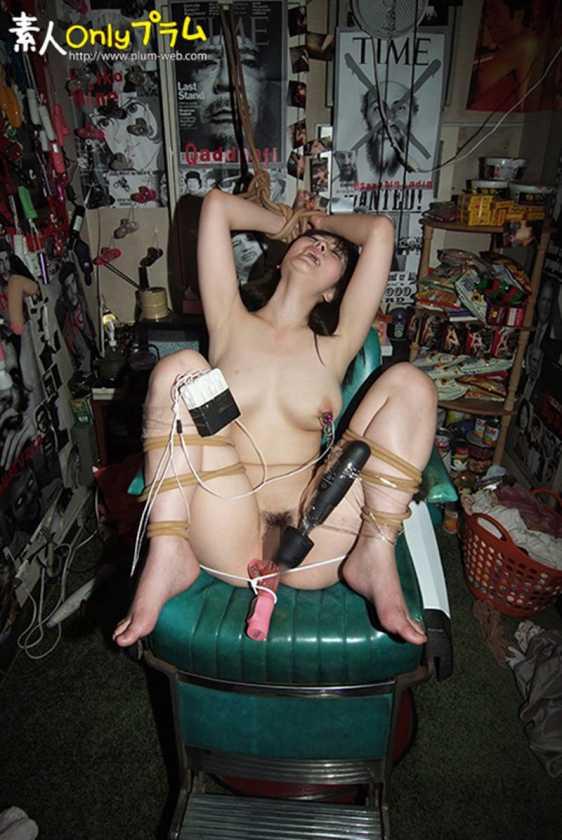(強制)ふつ~の主婦を拘束して電マ放置でビクンビクンカクンカクン失神させてみた  サンプル画像17