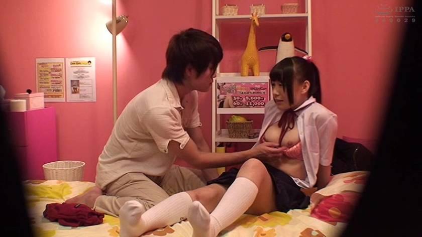 これが実態だ!裏風俗で働く女子校生の本番性交! 4時間  サンプル画像17