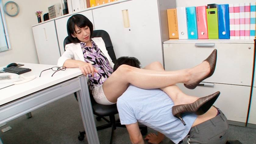 腿こきマダム 4 本庄瞳 嶋崎かすみ 押見れな 神納花 平野里実  サンプル画像1