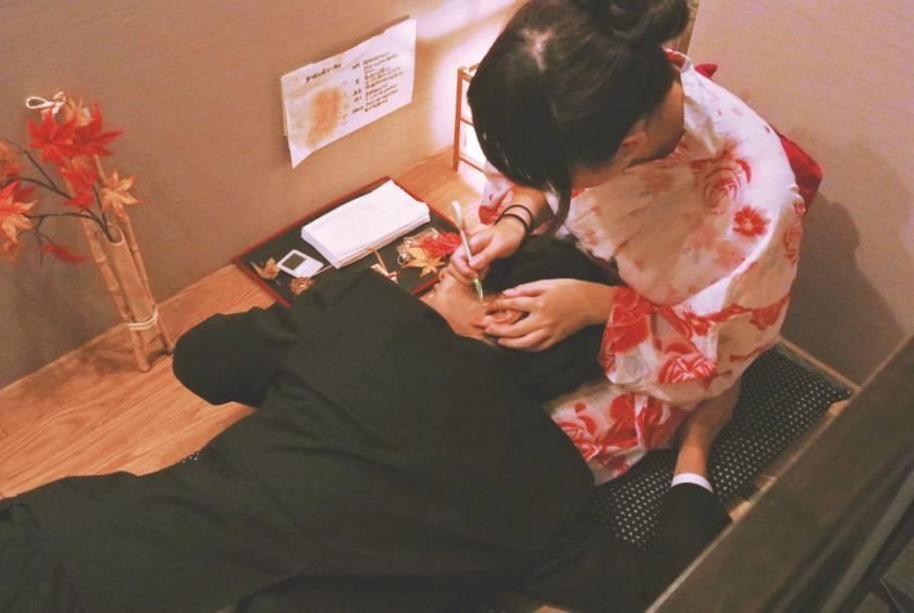 浴衣で癒しの健全店 密室で生チン出してヌキ依頼!! 綾波まこ 小峰みこ 成海さやか 白川あまね さくらみゆき  サンプル画像1