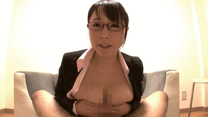 スーツ姿の女性従業員のフェラごっくんが人気のお店 紳士服のふぇらやま vol.2  サンプル画像1