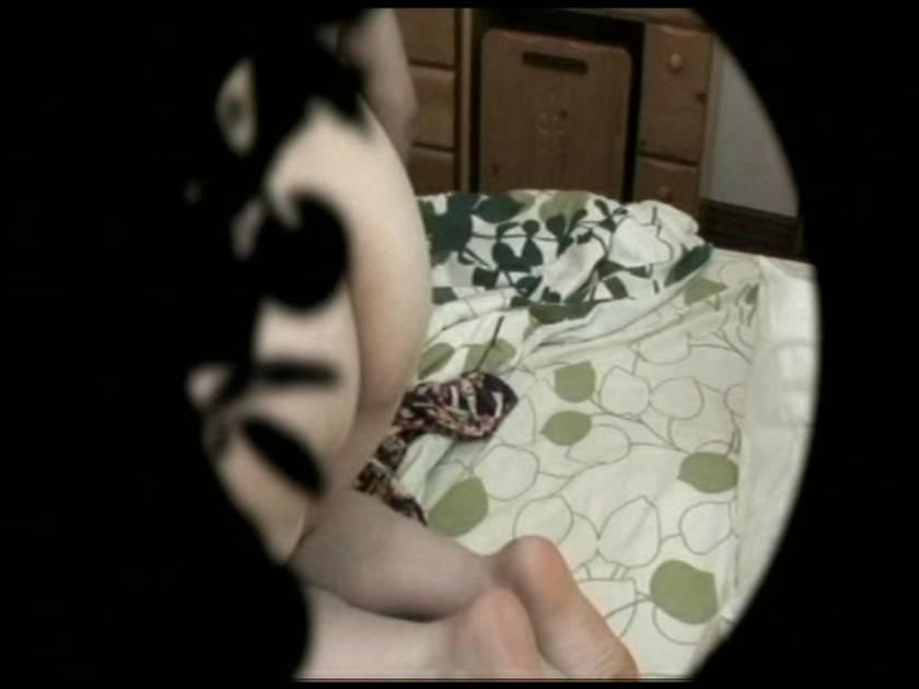 人妻夜這い 犯されて身悶える人妻  サンプル画像1