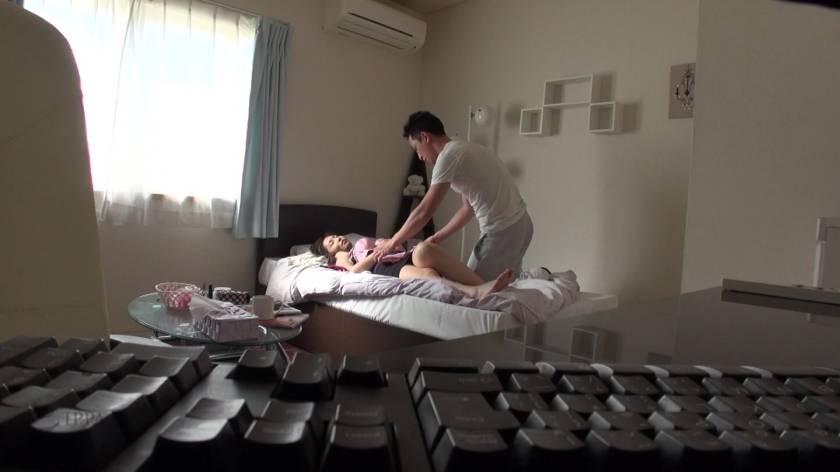 眠った姉と何度も性交を繰り返す弟の近親相姦映像 8時間  サンプル画像2