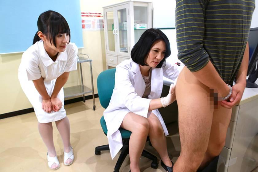 美人の先生がいる皮膚科に行って腫れたチンコを診てもらう流れでヌイてもらいたい (4)  サンプル画像2