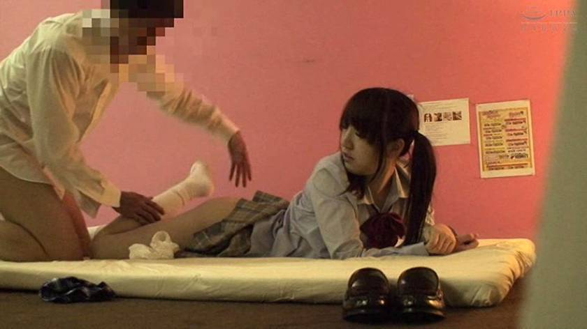 これが実態だ!裏風俗で働く女子校生の本番性交! 4時間  サンプル画像2