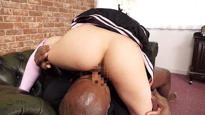 黒人メガチ●ポVSコスプレイヤー麻里梨夏  サンプル画像3