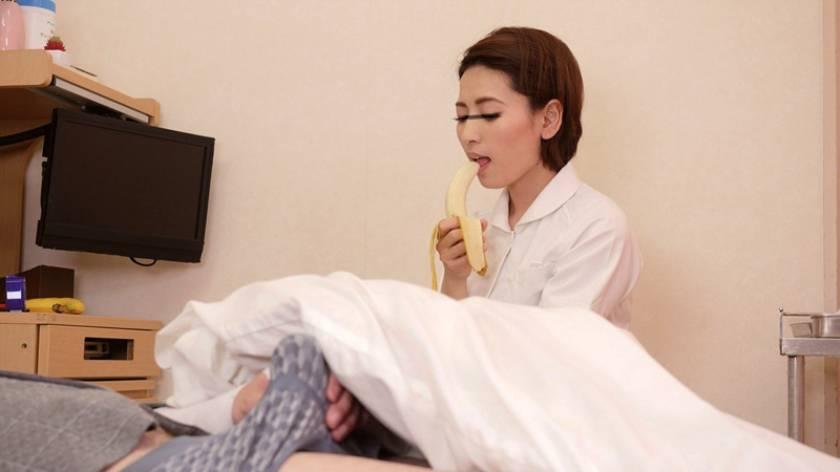 「看護師さんのリアル性体験を聞きながら勃起チ○ポを見せつけたら欲求不満のカラダに火がついてヤられた」 VOL.1  サンプル画像3