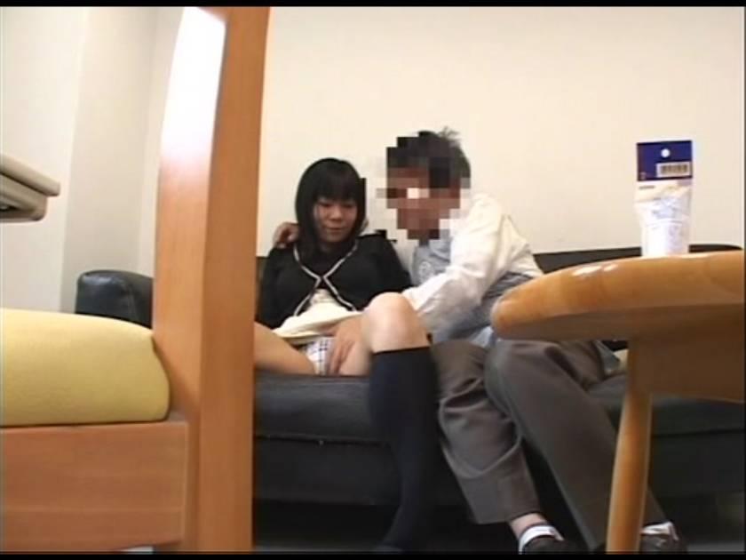 【盗撮】反省の色が見えない万引き犯の熟女主婦にカラダで御請求  サンプル画像3