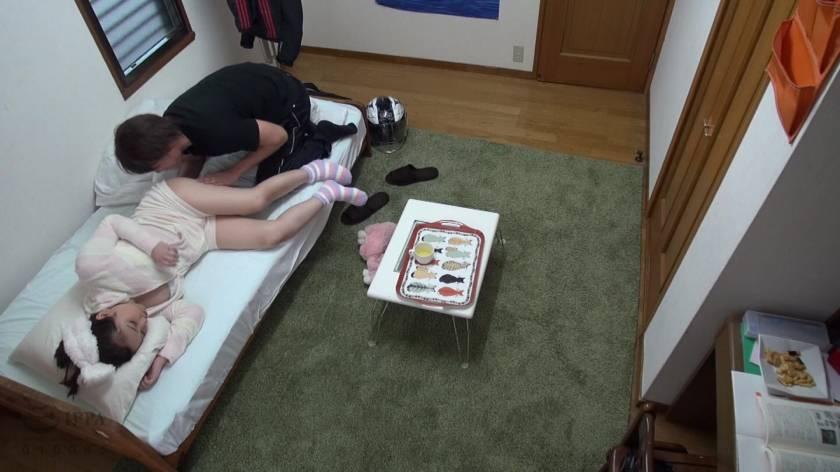 眠った姉と何度も性交を繰り返す弟の近親相姦映像 8時間  サンプル画像5
