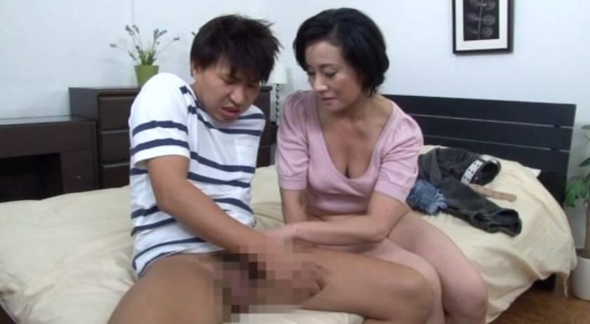 おばさんの膣蜜 カチカチの肉棒の虜になっていく熟年の性欲  サンプル画像5