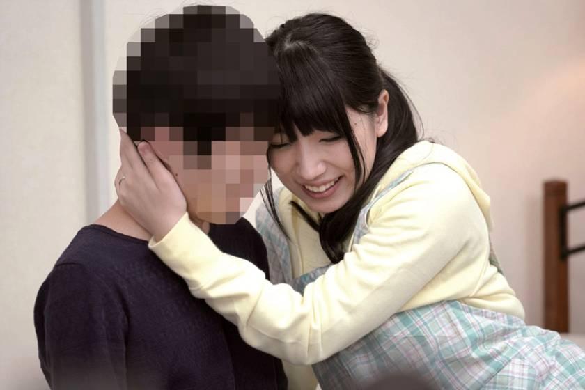 優しすぎる素人奥さんが笑顔で童貞筆おろしを生中出しでしてくれる愛嬌のある保育士 みひなさん(30歳)  サンプル画像5