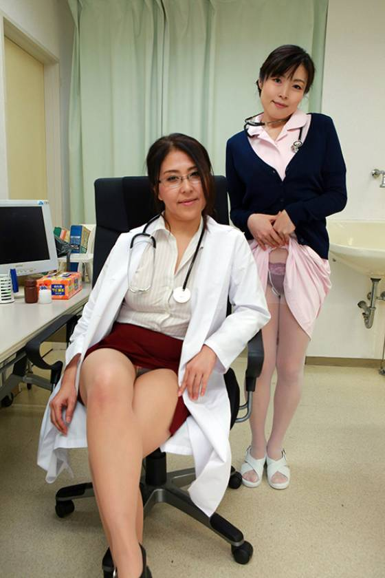 診察がエロすぎると評判の四十路女医がいる病院 ~通い詰めてSEXしたい  サンプル画像6