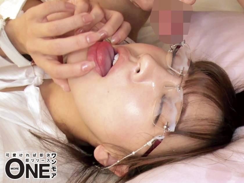 メガネで地味な美少女の理性が吹き飛ぶ濃密な接吻と中出し性行為 佐々波綾 Vol.002  サンプル画像7