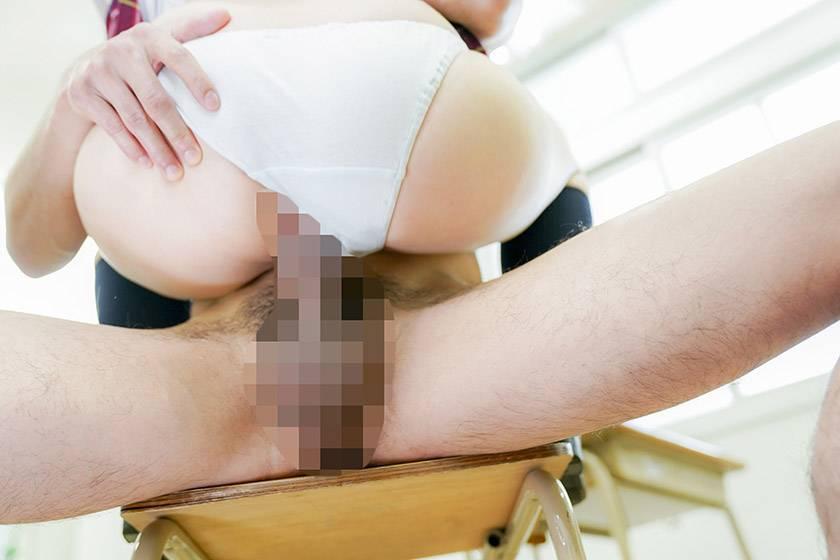 イラマチオをおねだりするオチ●ポ大好き制服女子 鷹宮ゆい  サンプル画像7
