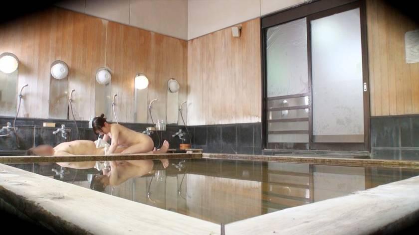 かおり(24) 推定Fカップ 箱根湯本温泉で見つけたお嬢さん タオル一枚 男湯入ってみませんか?  サンプル画像7