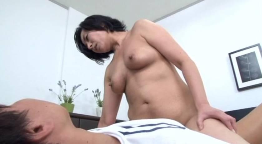 おばさんの膣蜜 カチカチの肉棒の虜になっていく熟年の性欲  サンプル画像7
