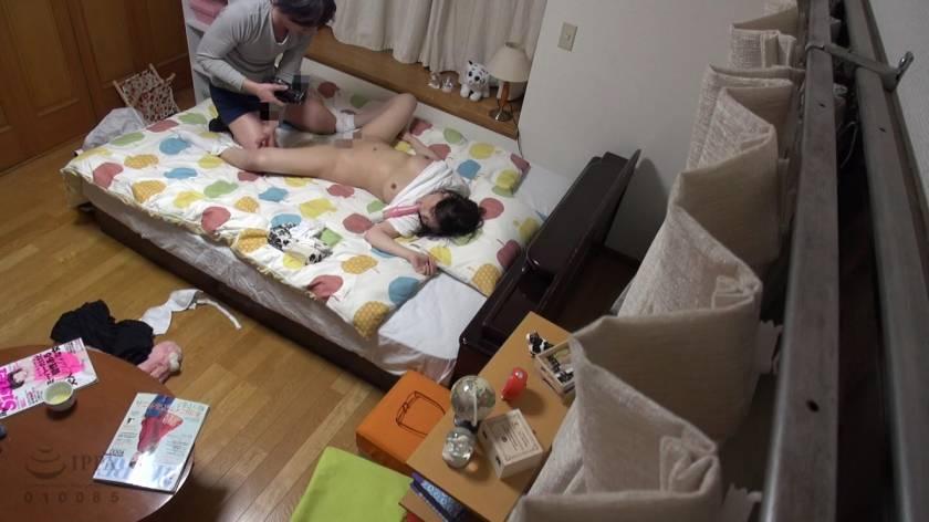 眠った姉と何度も性交を繰り返す弟の近親相姦映像 8時間  サンプル画像8