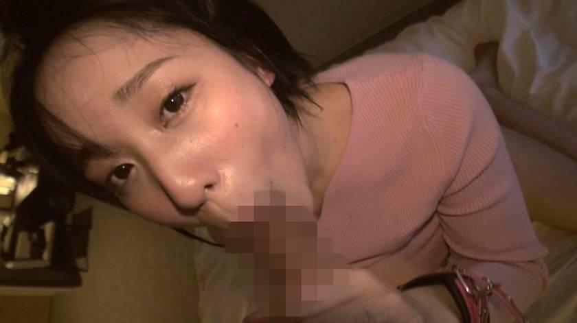 どんな刺激も痛みも笑顔で受け入れる変態ちゃん ドM界の新星 梨々花 AV debut  サンプル画像8