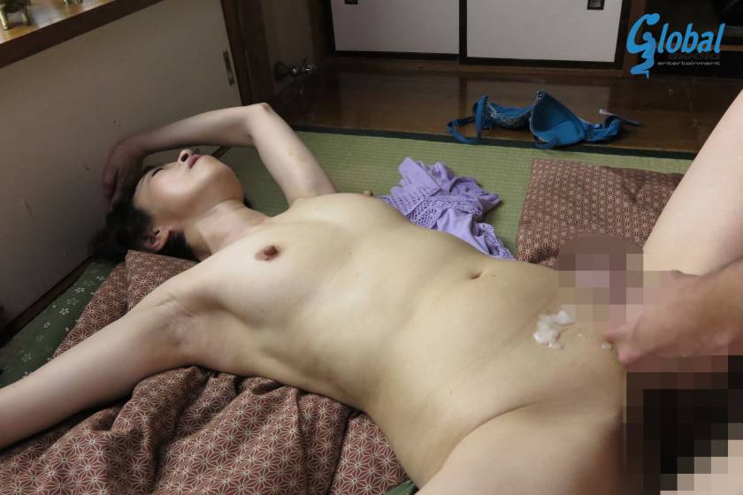 田舎の母子性交 絶倫童貞息子を優しく包み込む五十路母 藍川京子  サンプル画像9