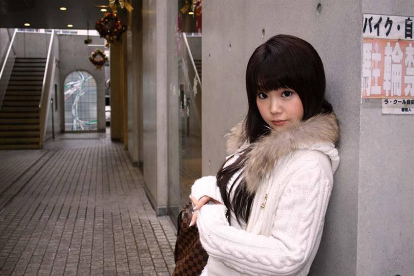 日本各地の素人娘とセックスしちゃいました! 博多 浜松 東京(自由が丘・六本木)  サンプル画像9
