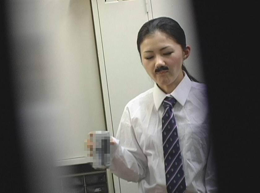 男らしいメンズに憧れる男装美少女が痴女化して汗臭いザーメンを吸い取る サンプル画像10