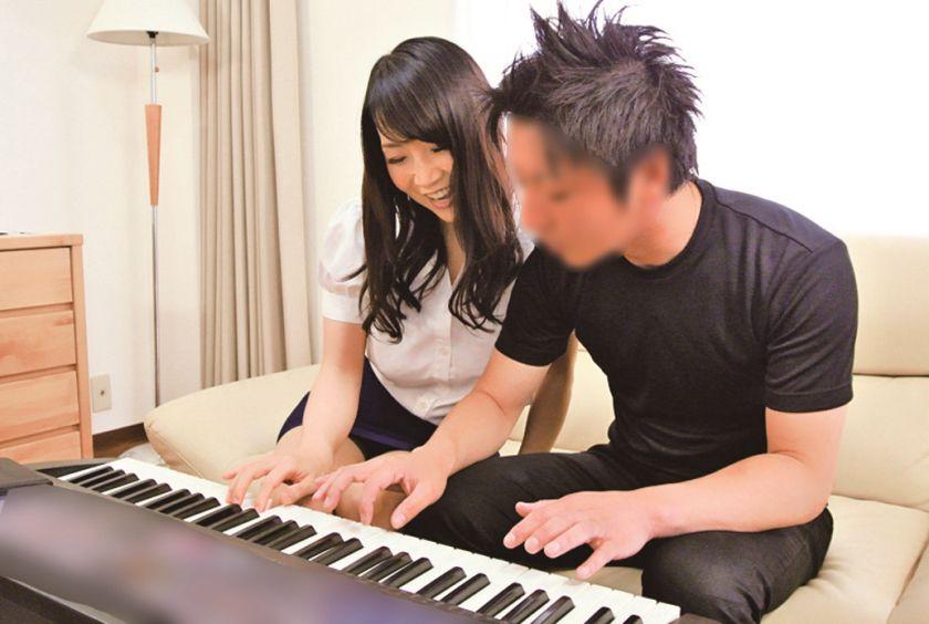 極上熟女 桐島美奈子 誘惑の美肉 サンプル画像10