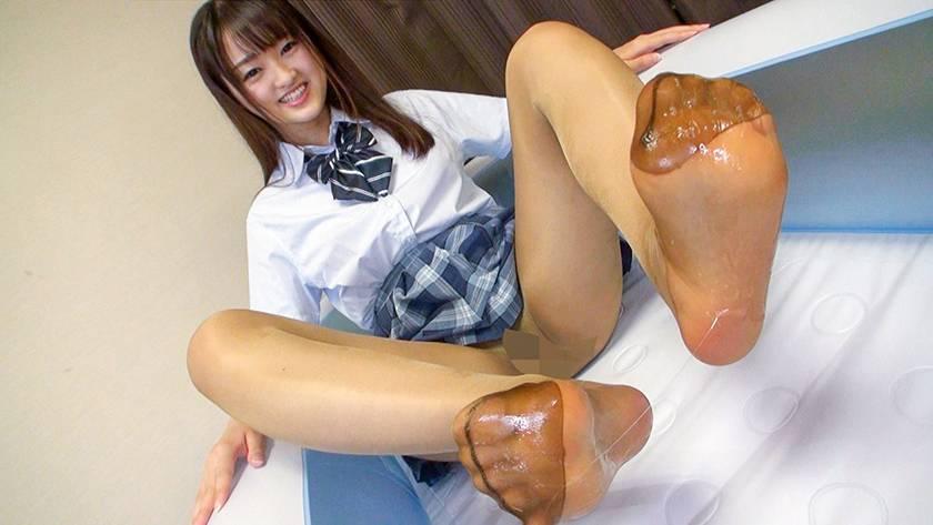 神パンスト 乙咲あいみ 制服ロリ美少女の美脚を包んだ生ナマし サンプル画像10