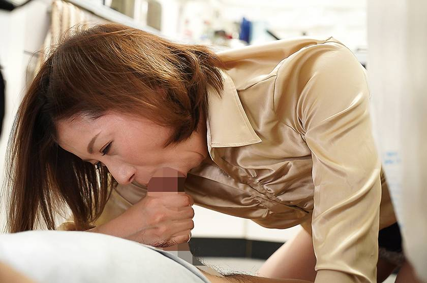 欲求不満な息子の嫁に誘惑されて 加藤ツバキ サンプル画像10