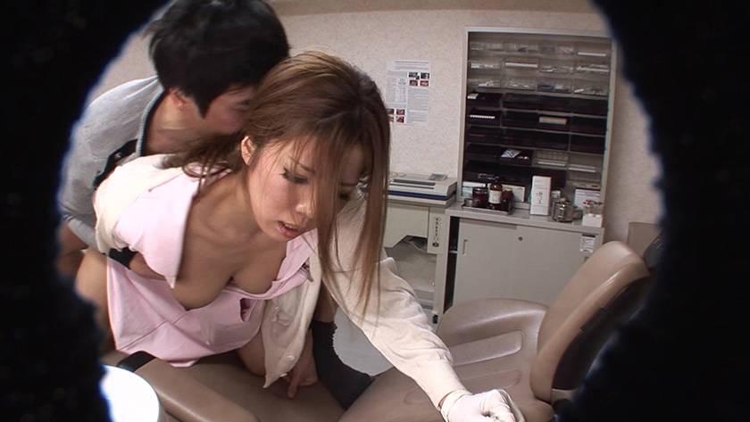 総勢11人!おっぱいを押しつけてくる歯科助手はヤラせてくれるのか? SP サンプル画像11