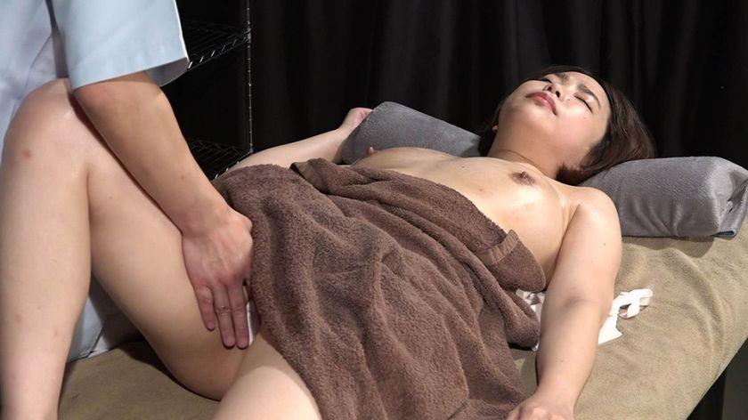 美人歯科衛生士を性感マッサージでとことんイカせてみた サンプル画像12