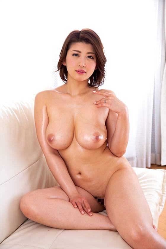 ショートカットで巨乳の清楚妻 12人BEST 赤瀬尚子 かな サンプル画像14