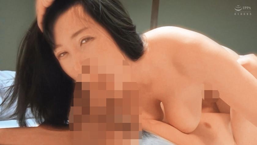 喉姦SEX 喉奥を犯された素人美女 24人 4時間 サンプル画像19