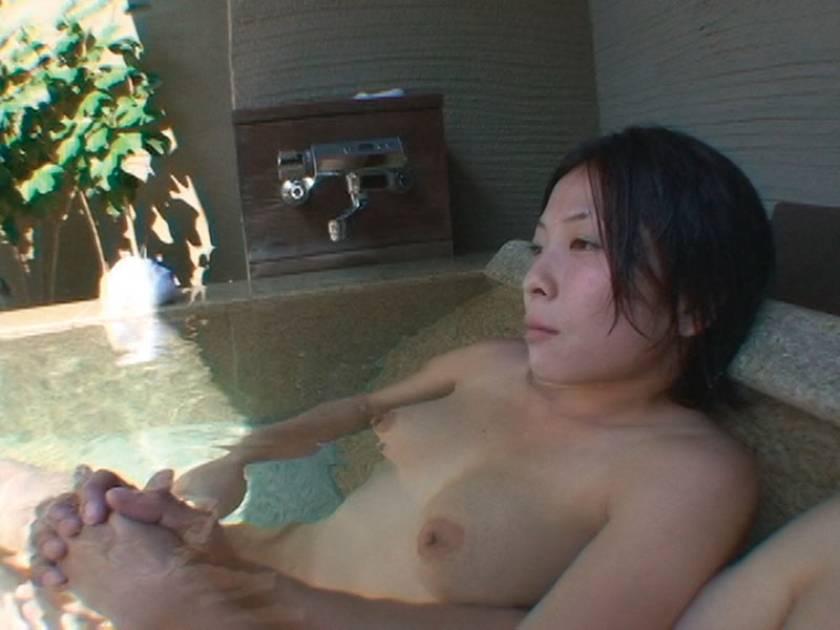 人妻湯恋旅行 監督・唐木竹史が選ぶ至極の人妻ベスト3~また一 サンプル画像1