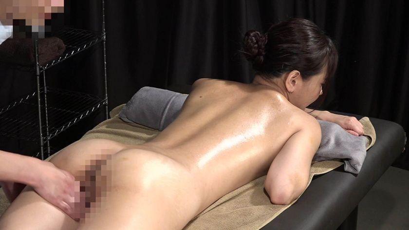 美人歯科衛生士を性感マッサージでとことんイカせてみた サンプル画像1