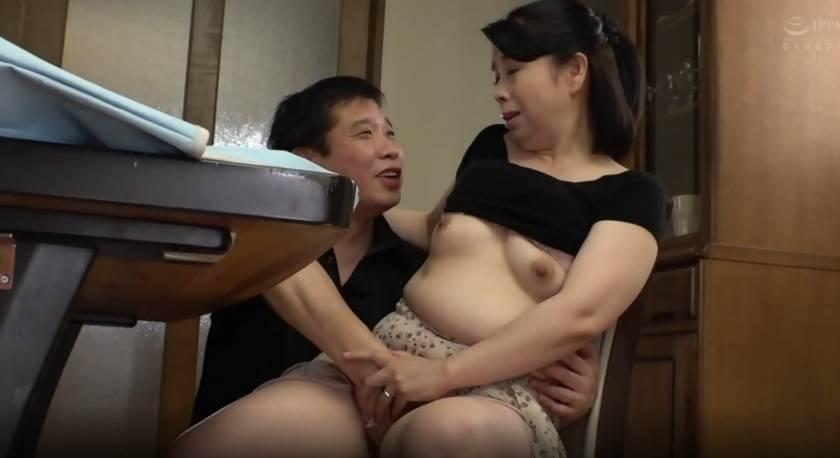 再婚相手より前の年増な女房がやっぱいいや… さつき百合 サンプル画像2