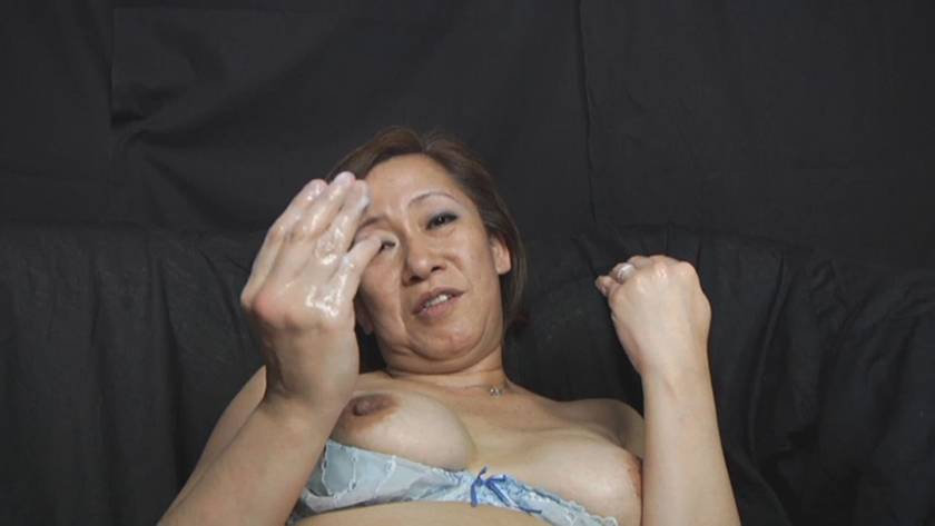 美熟女フィストファック サンプル画像2
