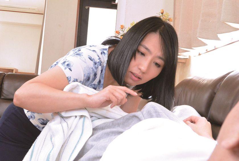 【官能】兄嫁と弟の生々しい浮気SEX180分 郡司結子 小日 サンプル画像2