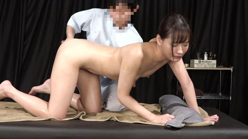 美人歯科衛生士を性感マッサージでとことんイカせてみた サンプル画像2