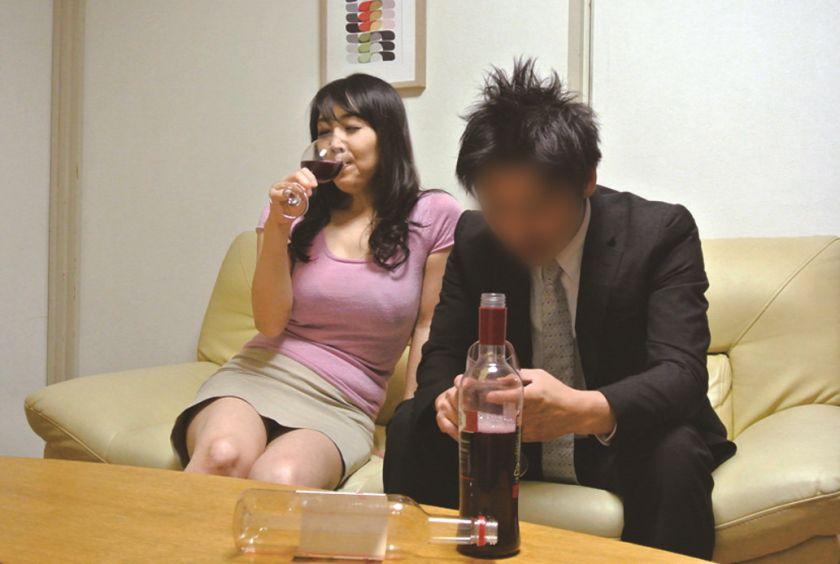 極上熟女 桐島美奈子 誘惑の美肉 サンプル画像3