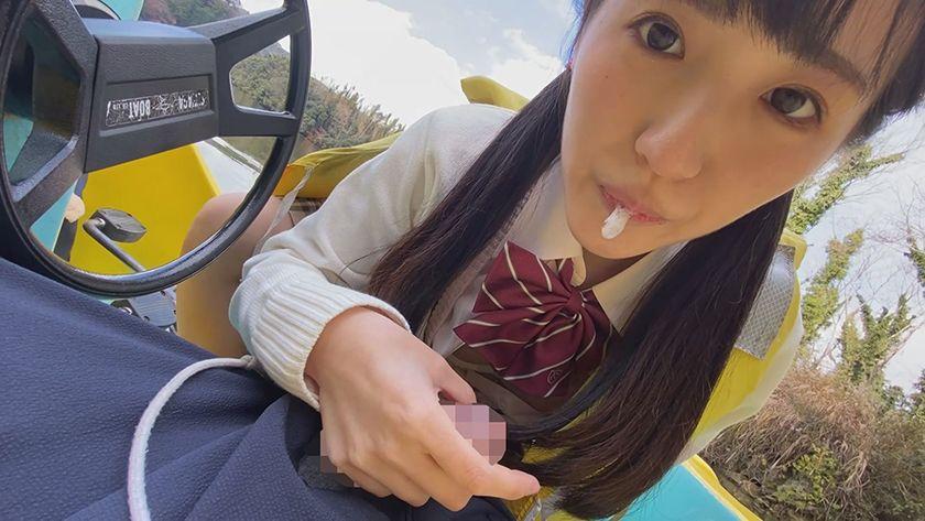 接吻露出 学校では優等生を演じてるベロちゅう好きな本物ビッチ サンプル画像3