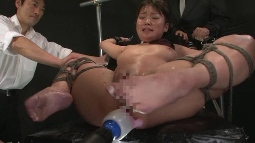 絶頂地獄!全身オイル性感責めと二穴嬲りに泣く少女 サンプル画像3