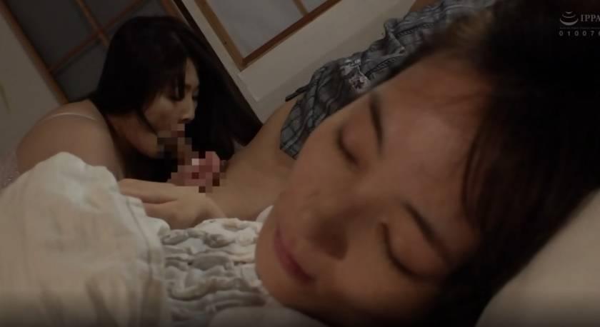 義母の隣に寝たあの日から… 白鳥寿美礼 サンプル画像4