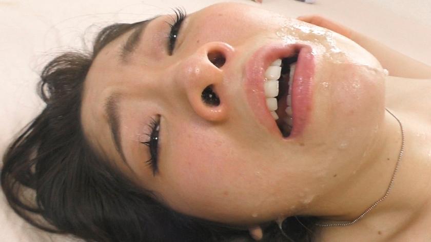 姉の卑猥な口と欲深い喉は、俺専用のくちマ●コ 美波沙耶 サンプル画像4