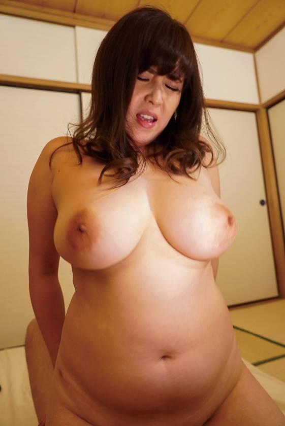 肉厚な爆乳女の絶倫ノンストップファック 10人 VOL.04 サンプル画像4