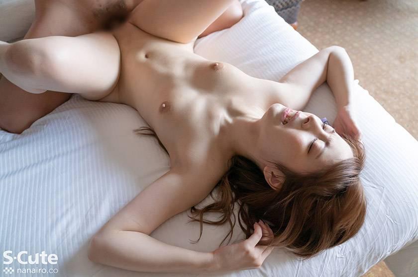 みなみ(21)S-Cute 色白美尻なパイパン娘とSEX サンプル画像5