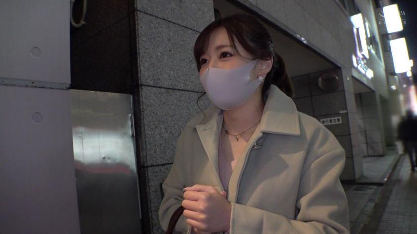 マスク外してもらってもいいですか?!街行くマスク美人をガチナ サンプル画像5