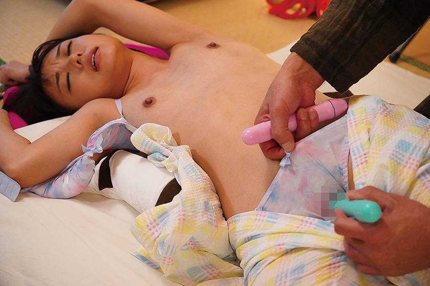 鬼畜父の性玩具 彼氏との仲を引き裂かれた制服美少女もなみ鈴 サンプル画像6