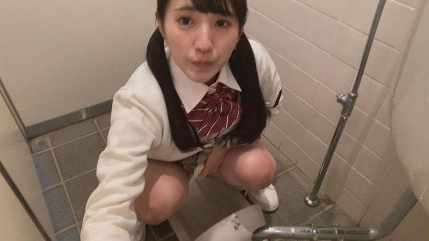 接吻露出 学校では優等生を演じてるベロちゅう好きな本物ビッチ サンプル画像6